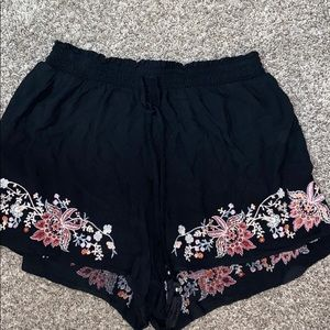 Embroidered Flowy Short